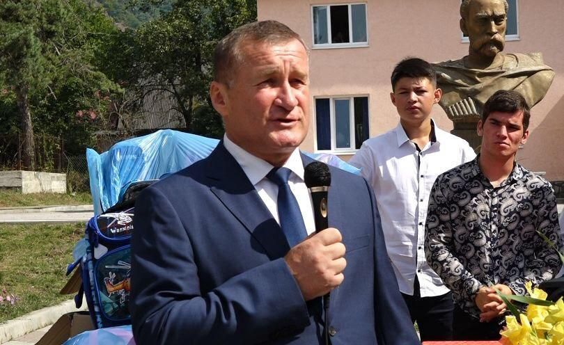 """РПП """"Единая Осетия"""" подарила рюкзаки всем первоклашкам районов республики и школы-интернат"""